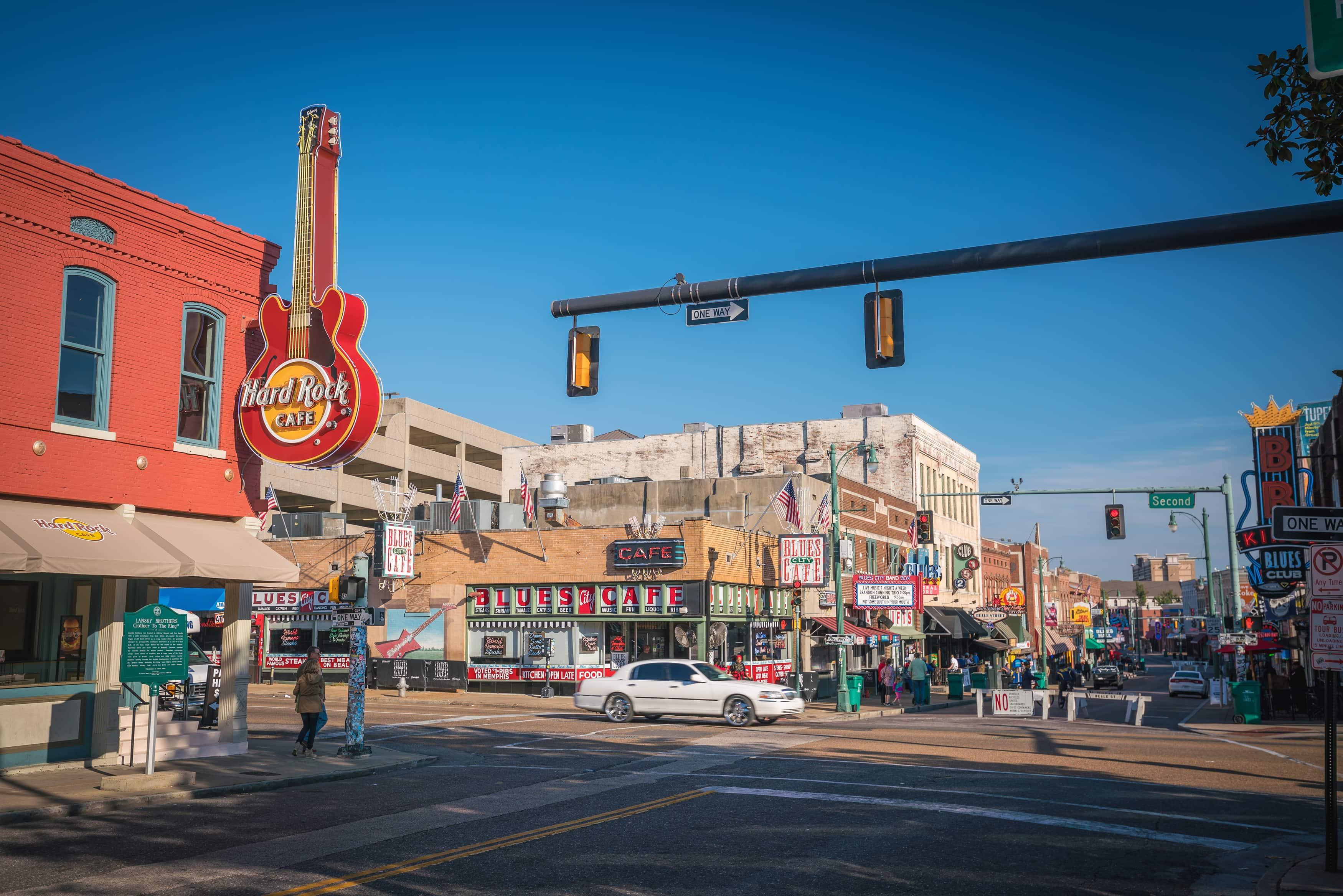 Die Beale Street in Memphis tagsüber