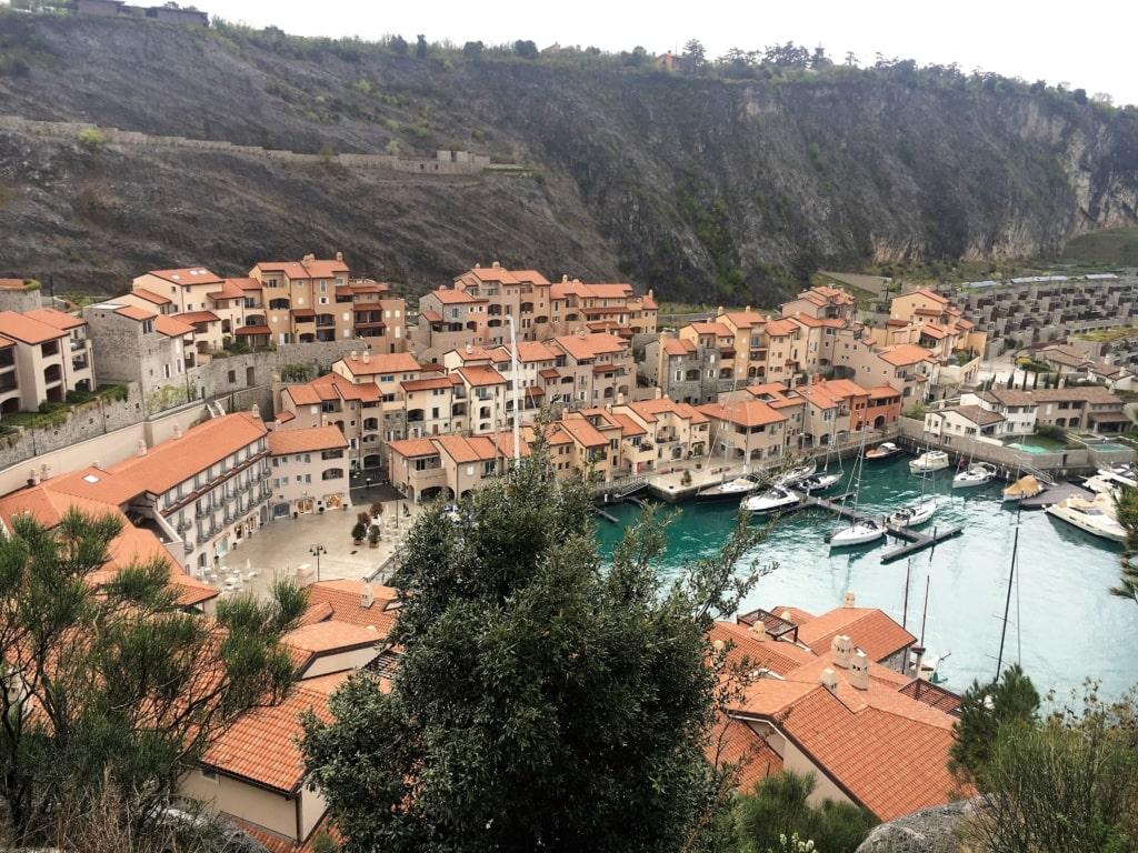 Portopiccolo und Hafen