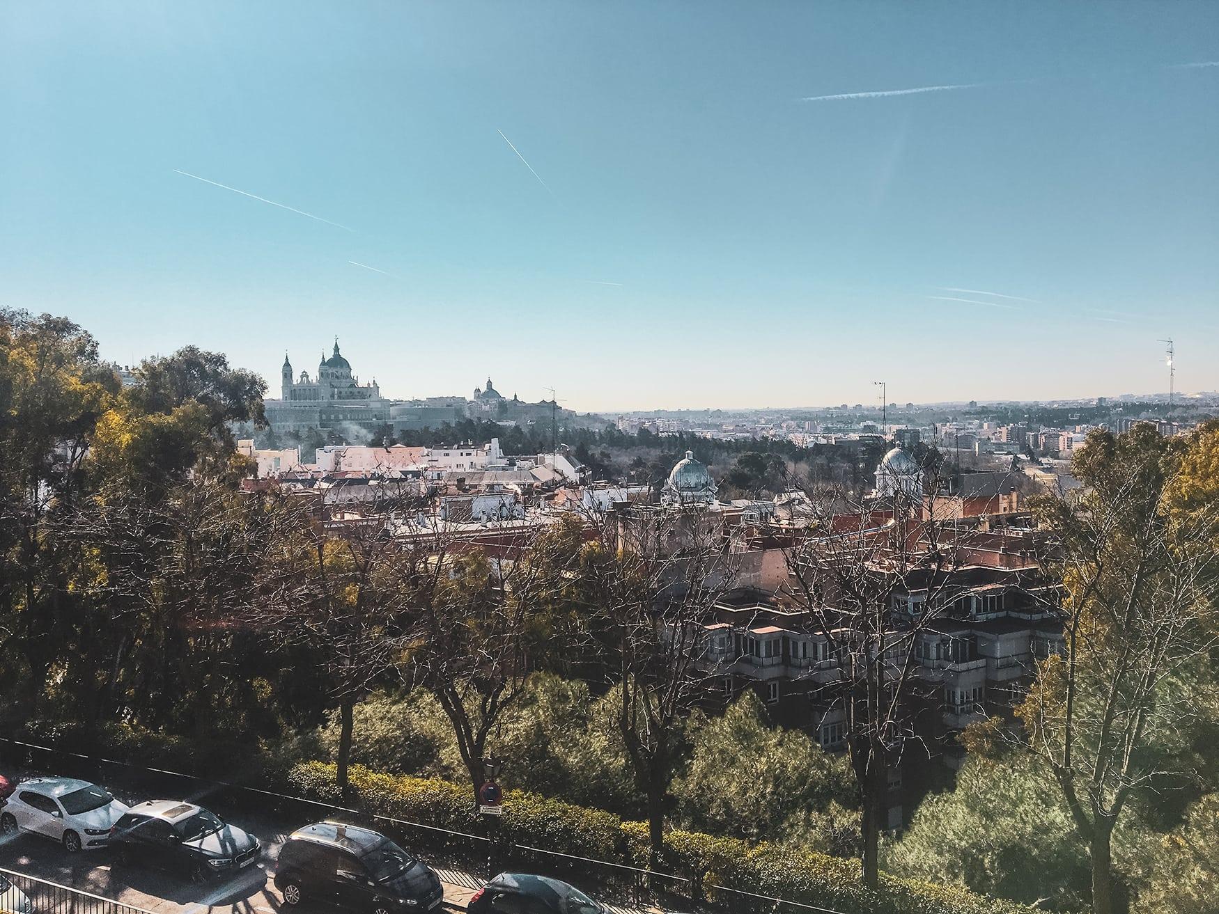 Blick auf den Königspalast in Madrid