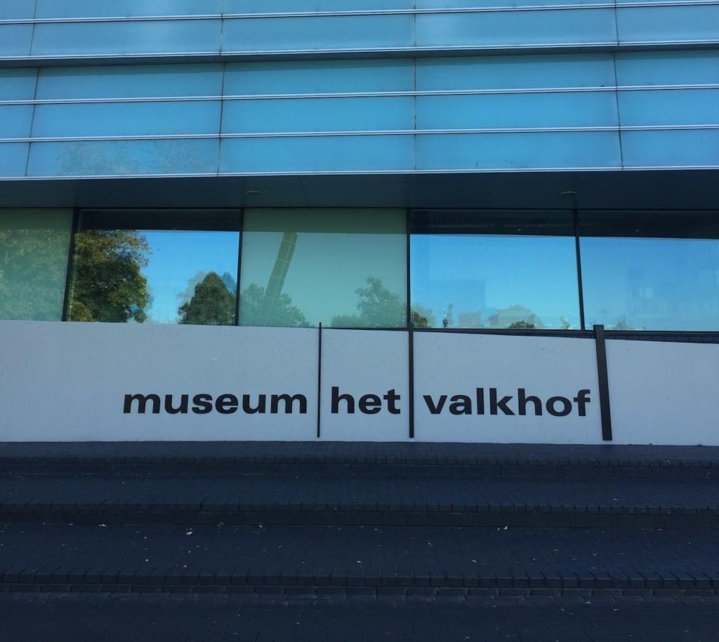 Im Museum Het Valkhof in Nimwegen werden weit mehr als ein paar Tontöpfe präsentiert.