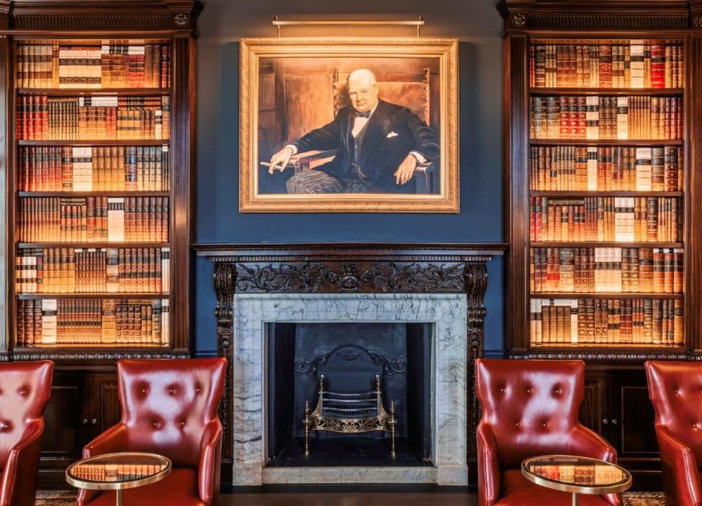 The Langley Hotel Churchill Bar