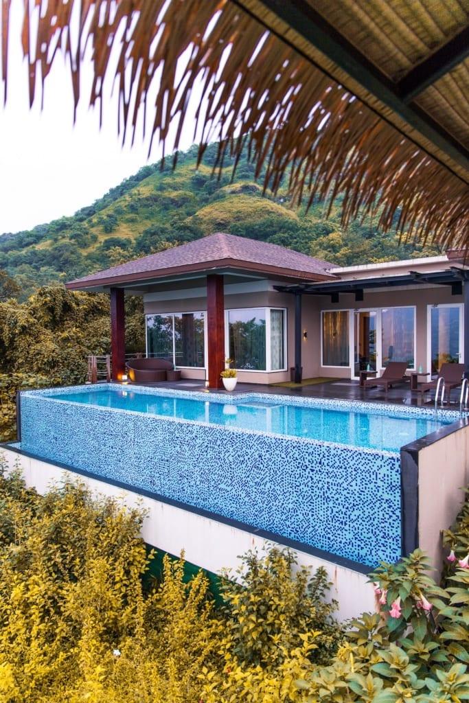 Im Atmantan Wellness Resort in Indien wartet eine Entspannung der ganz besonderen Art auf die Gäste.
