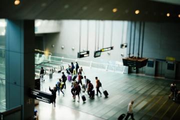 Anschlussflieger verpasst: Gang zum Gate