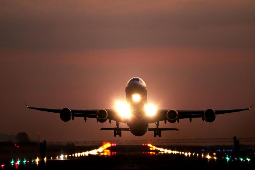 Flugzeug bei Landung