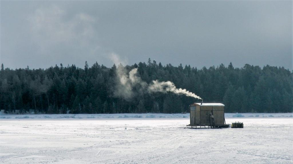 Holzhütte auf Weißem Meer