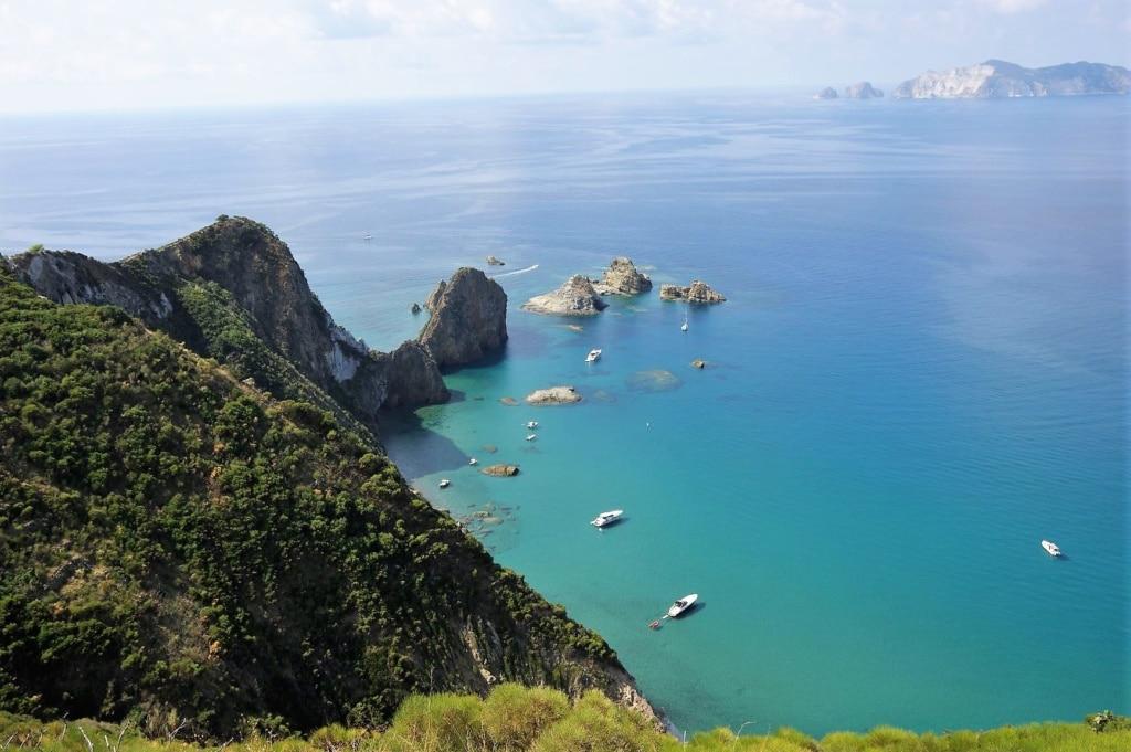 Ponza – Inseljuwel im Tyrrhenischen Meer