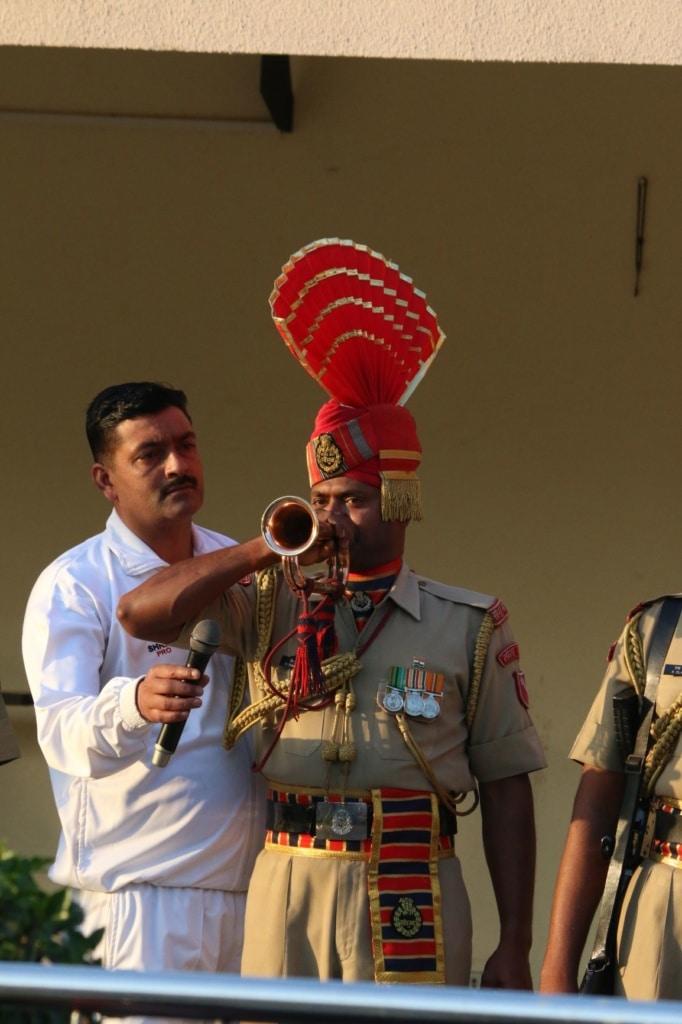 Soldat in Indien, Mikrofon