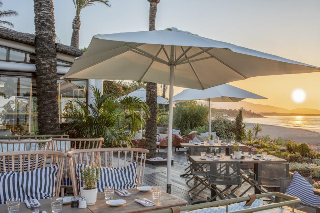 Summervibes in diesen Beach-Clubs am Mittelmeer