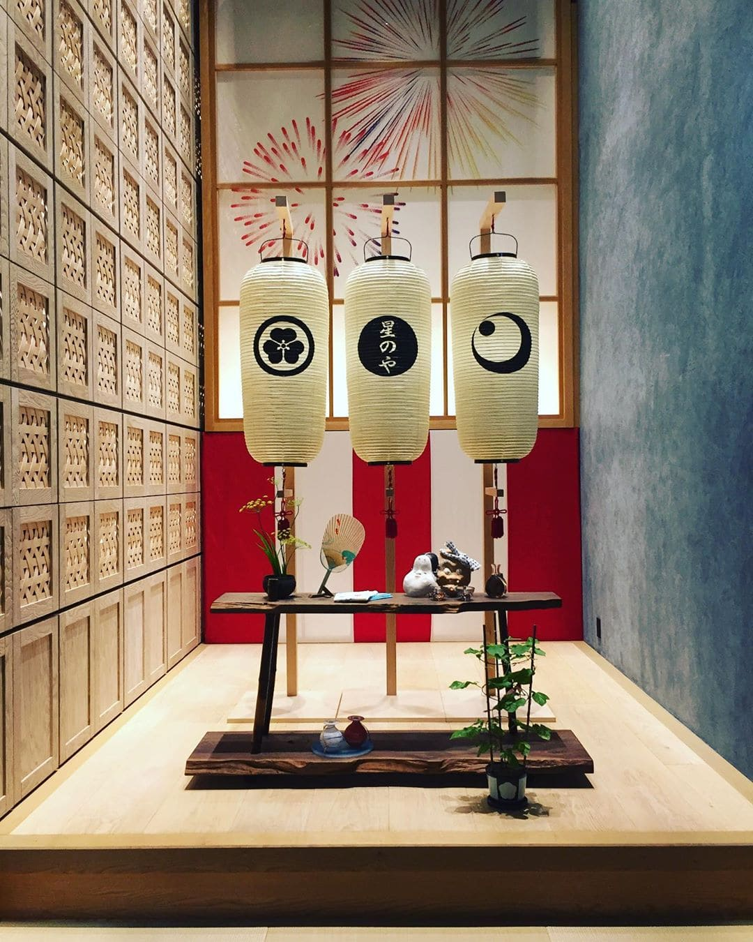 #japan ist einfach ein spannendes Land – die einzigartige Kultur schafft völlig neue Blickwinkel. @marie.worldwild war auf Reise in dem asiatischen Inselstaat. Von ihrem Besuch im @hoshinoya.official in #tokyo ist sie ganz begeistert – hier stimmt einfach alles! Und ganz nebenbei taucht man tief in die Seele der japanischen Traditionen ein. #hoteltipp #traveldeeper #tradition #etiquette #teezeremonie #interior #hotel #luxus #lieblingshotel #details #comewithme #passionpassport #asia
