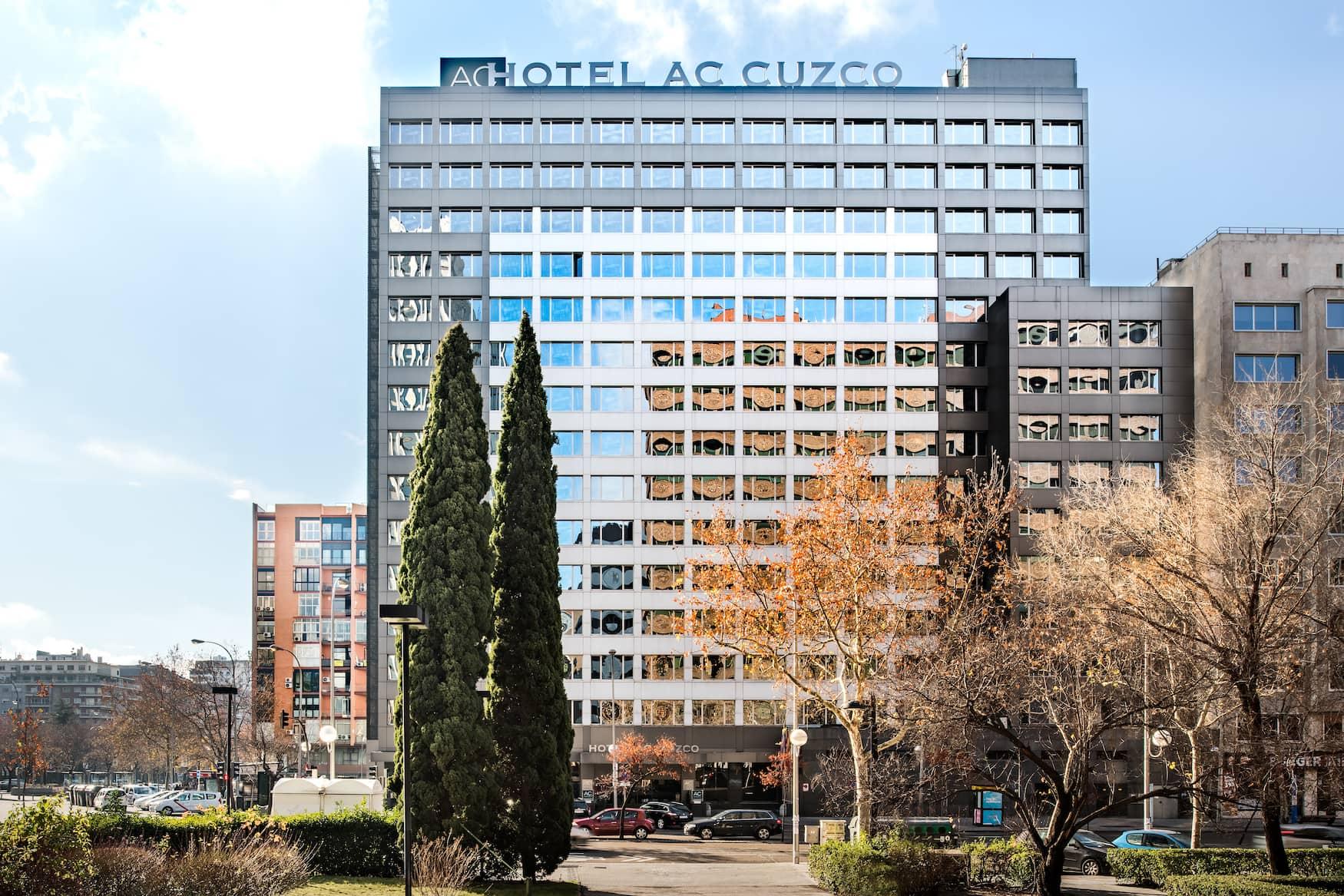 Aussenfassade des AC Hotel Cuzco in Madrid