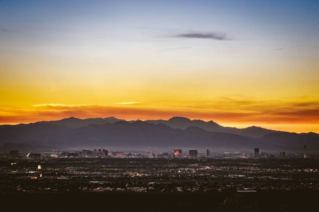 Skyline, Berg, Wüste in Las Vegas