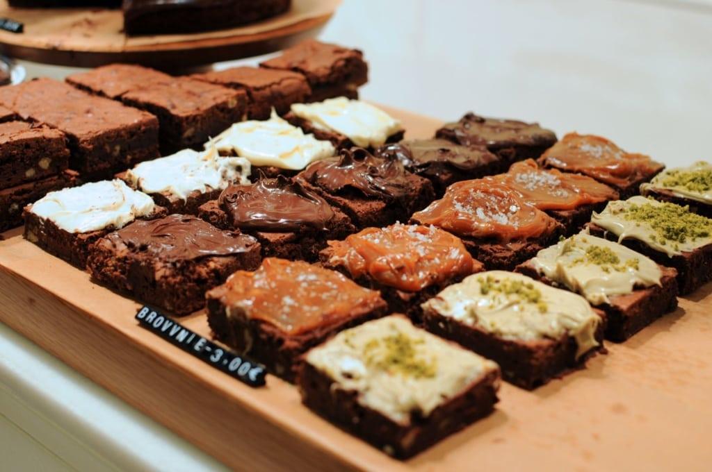 Süße Kuchenstücke in Barcelona