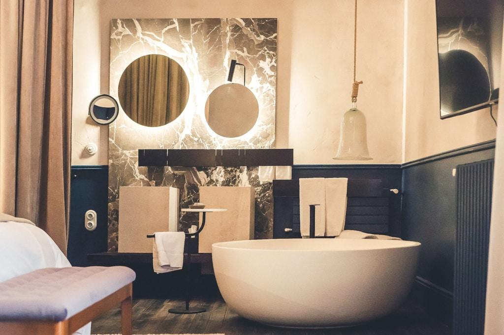 Due Zimmer des neuen Can Bordoy auf Mallorca sind nicht riesig, aber stylisch!
