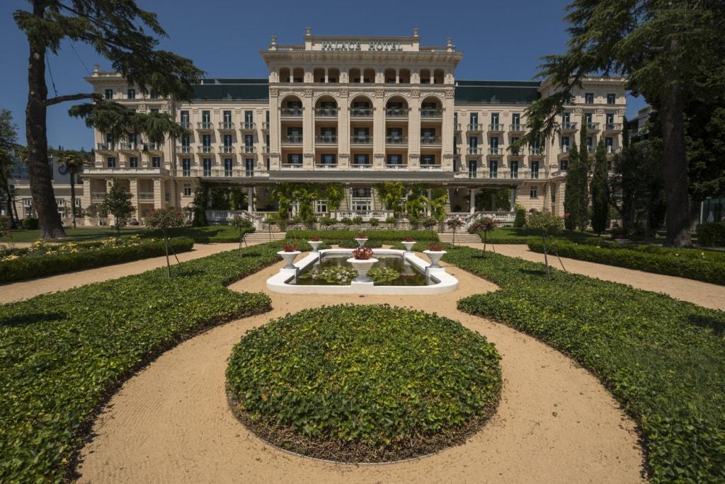 kempinski palace portoroz slowenien fassade