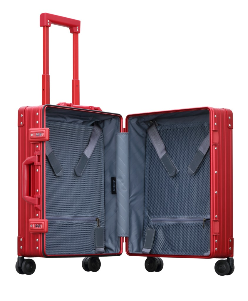 Roter Trolley von Aleon Cases