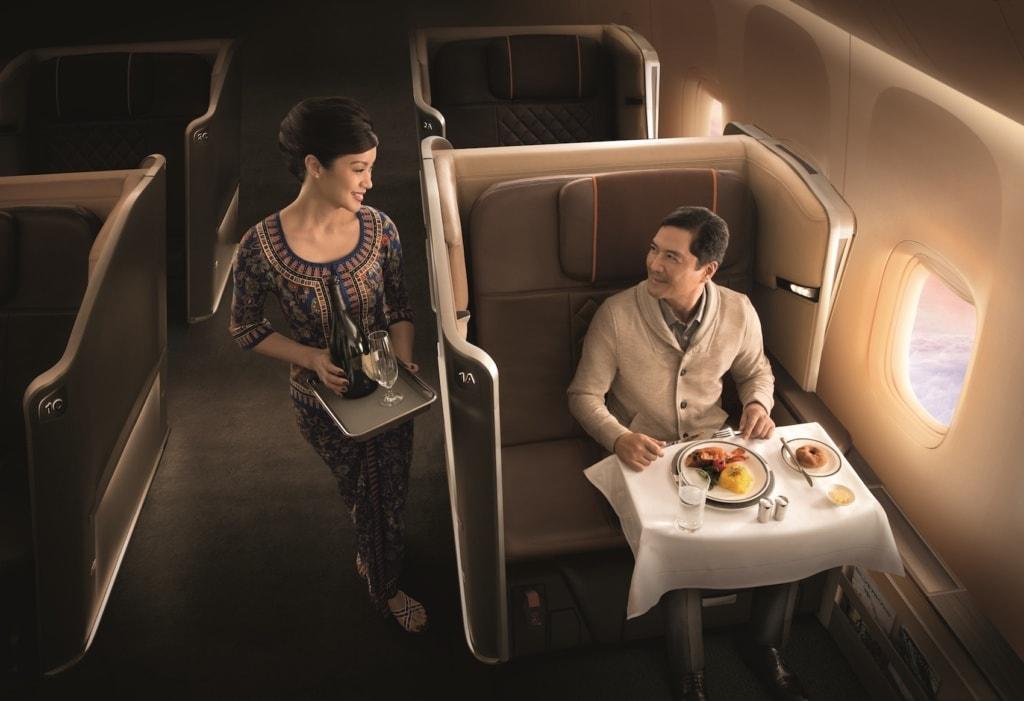 Mit Singapore Airlines heißt es »Guten Appetit an Bord«.