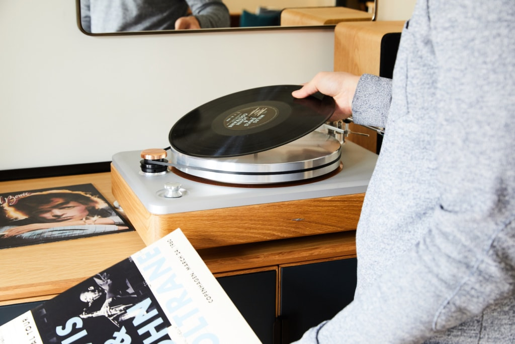 Shinola Hotel Detroit - Bedrock Suite mit DJ-Pult