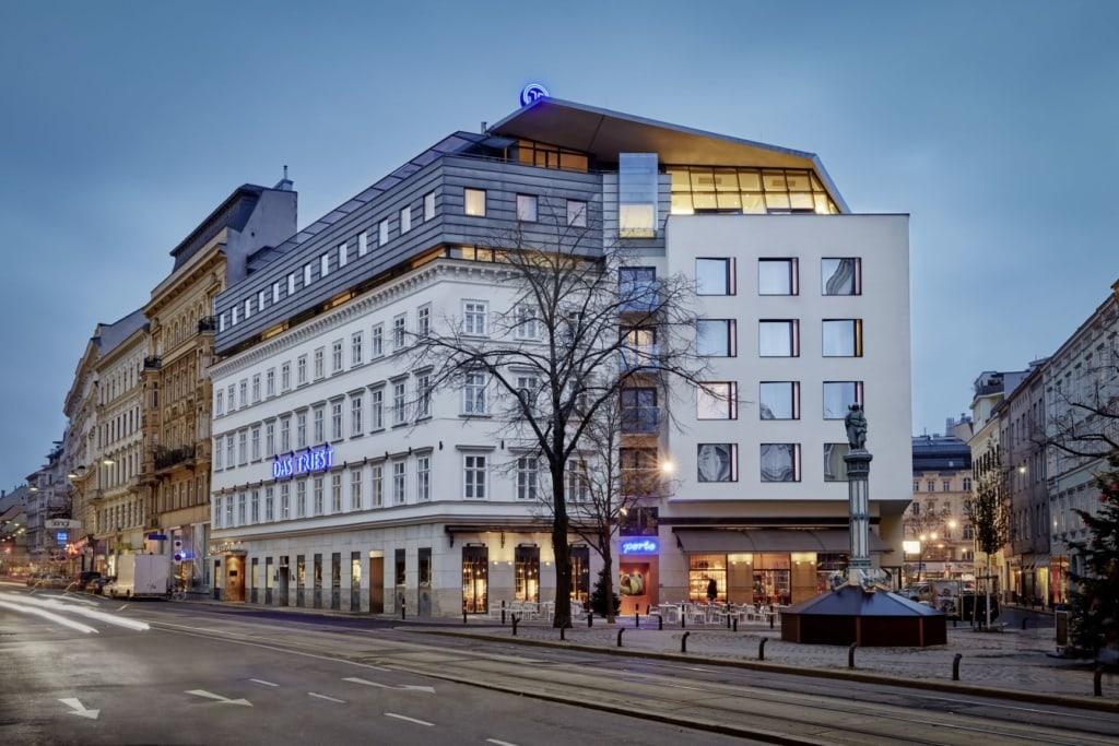 Fassade des Hotels Das Triest in Wien