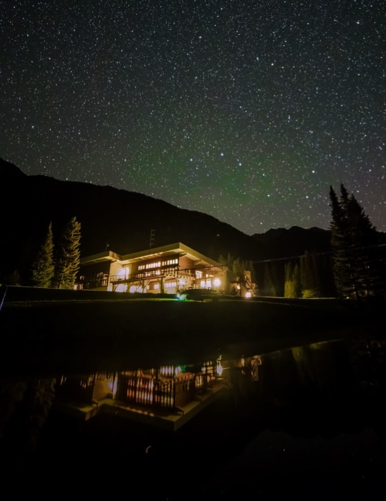 Canadian Mountain Holidays: Blick auf die Bobbie Burns Lodge