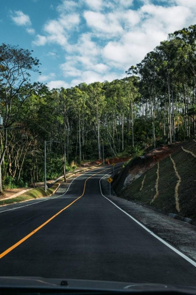 Landstraße in El Salvador