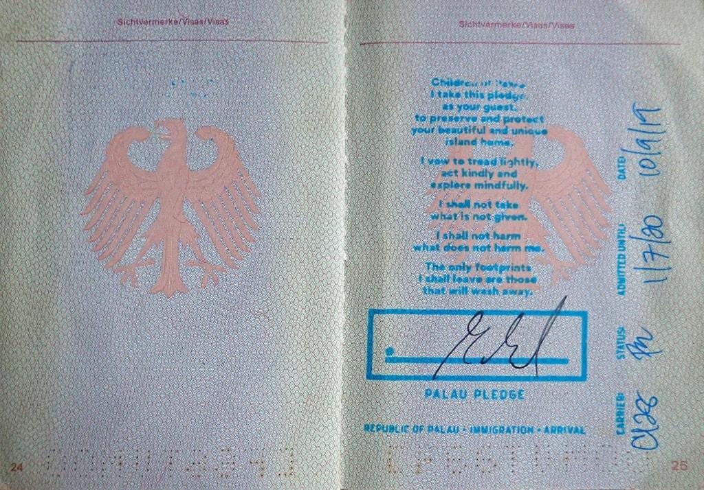 Einreisestempel des Staates Palau in einem deutschen Reisepass