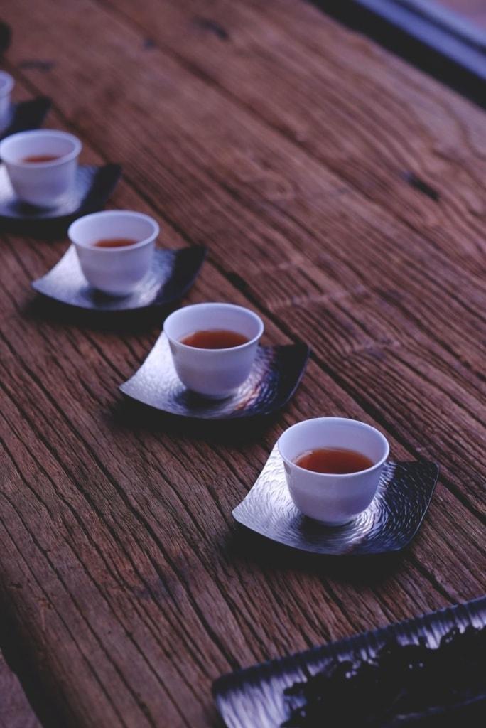 Tassen mit Tee in China