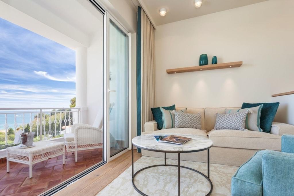 Zimmer und Balkon im Vila Vita Parc