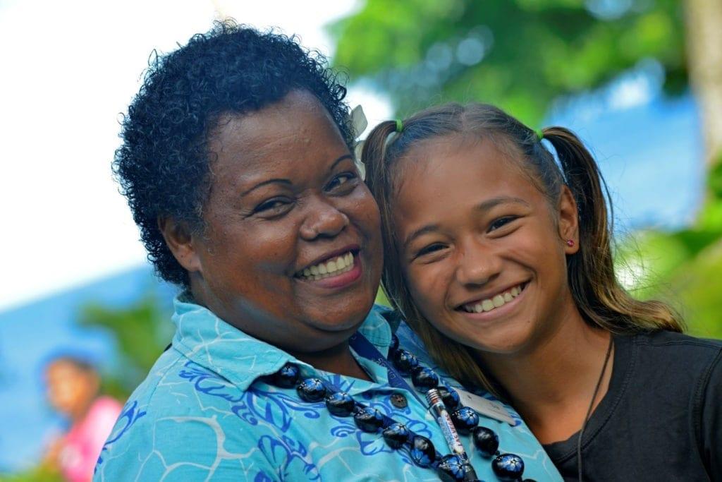 Frau und Mädchen auf Taveuni