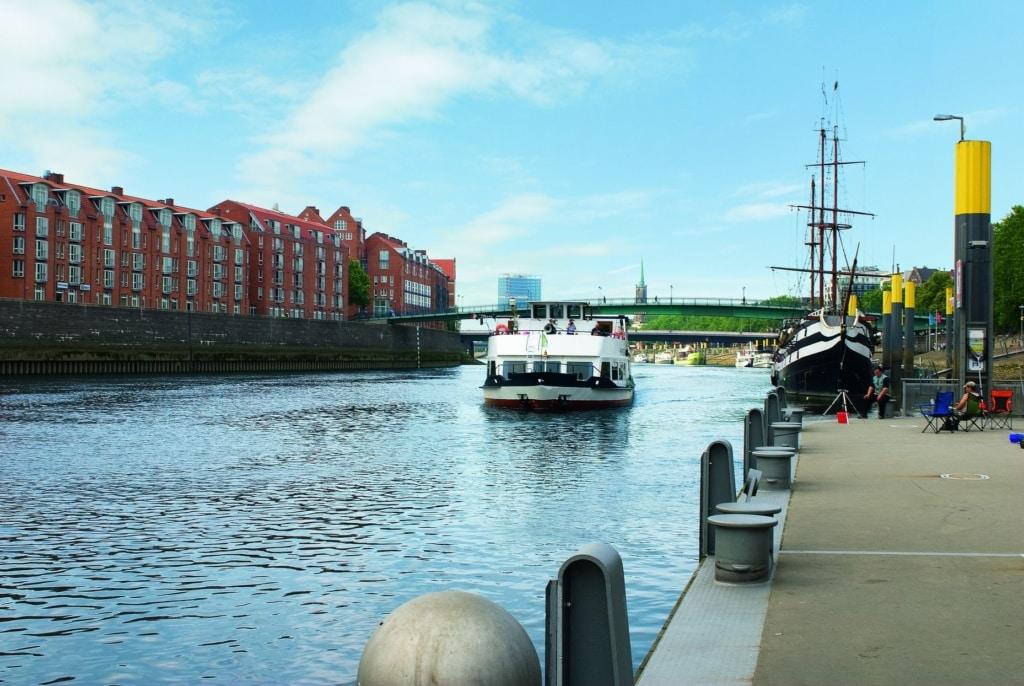 Rundfahrt auf der Weser in Bremen