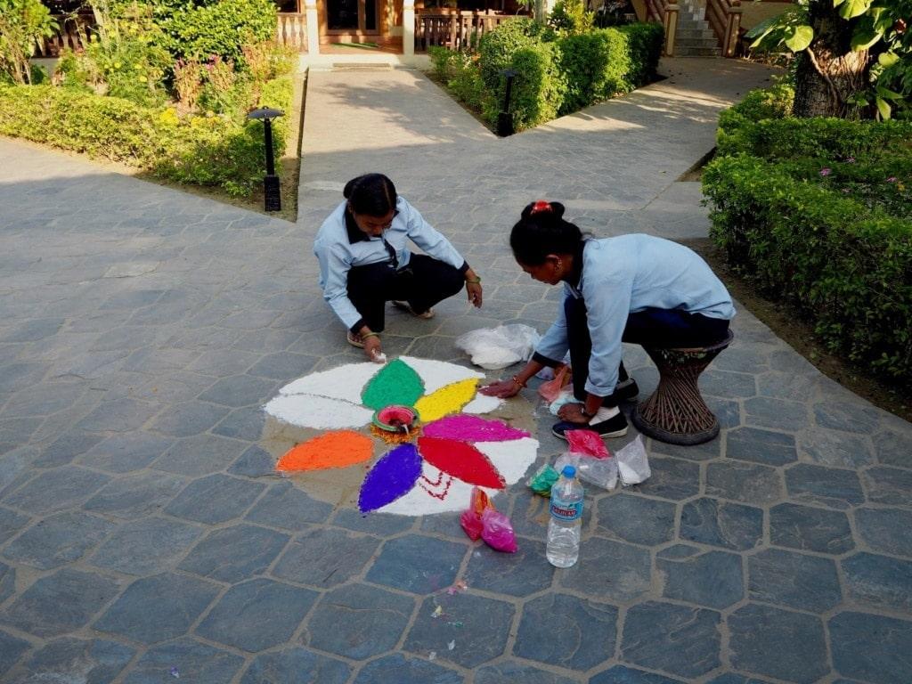 Rangoli-Malerei in Tihar, Nepal