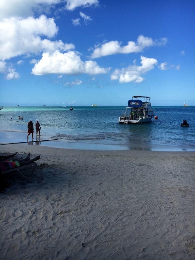 Strand am Sandals Resort auf Antigua