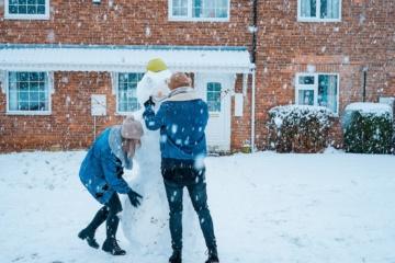 Winterwunderland Schneemann bauen