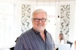 Portrait von Peter Joehnk, JOI-Design Innenarchitekten