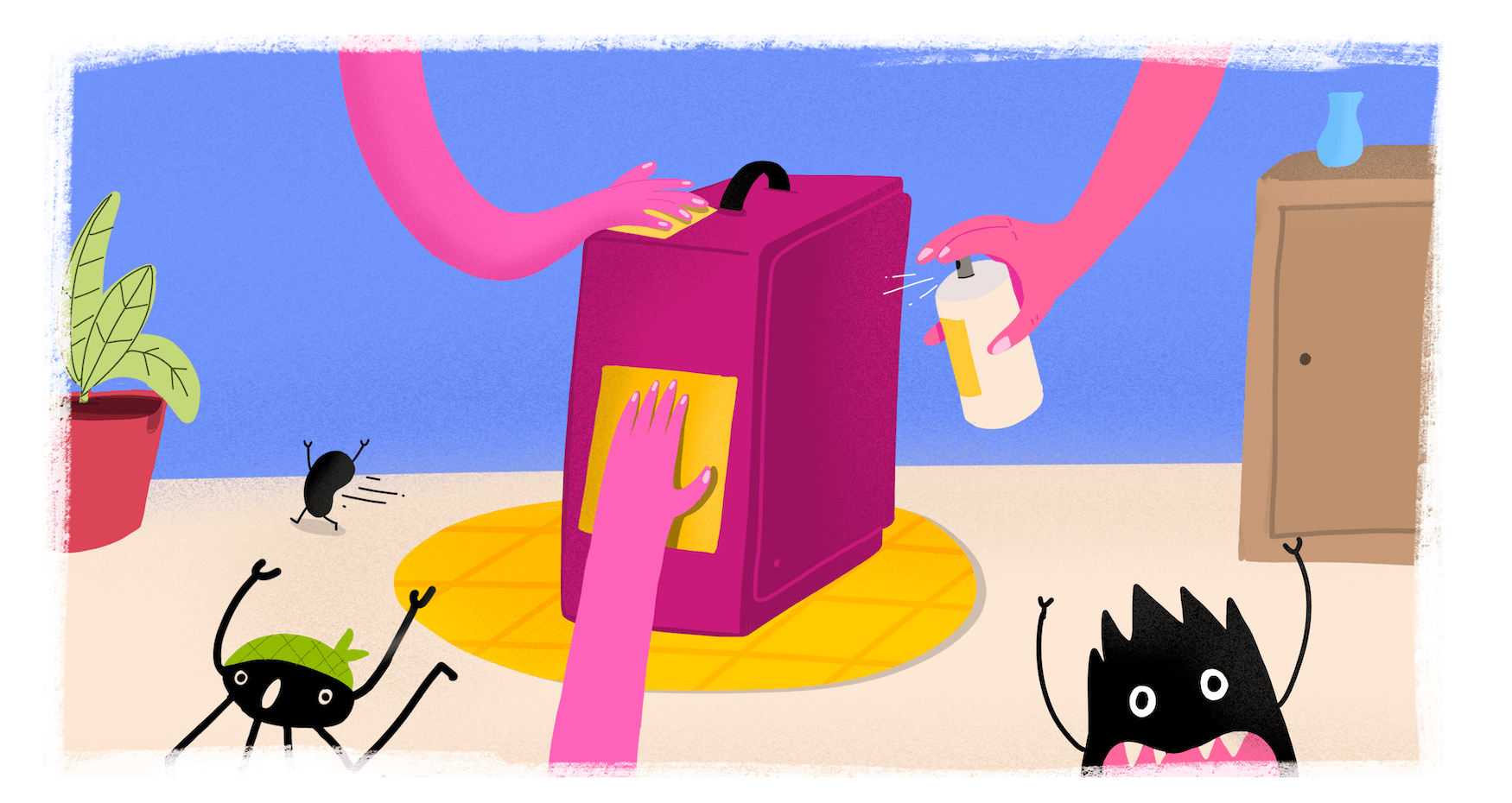 Drei Hände sprühen Koffer mit Desinfektionsmittel voll, Bakterien laufen weg