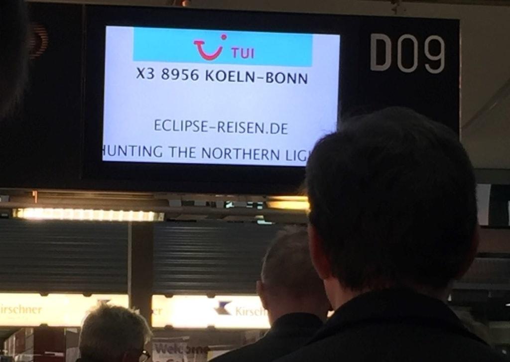 Polarlichterflug Köln-Bonn, Abflugtafel