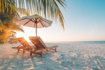 Airbnb schickt fünf Menschen für ein Sabbatical auf die Bahamas.