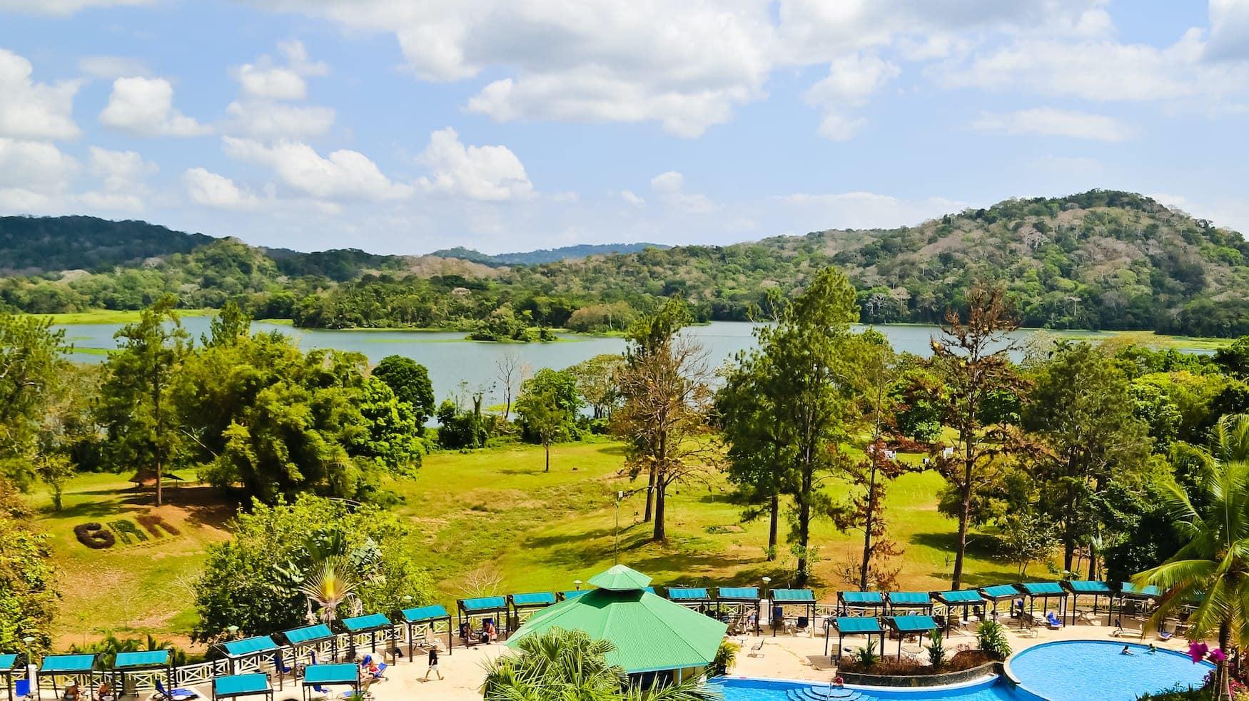 Blick auf den Gatun-See in Panama