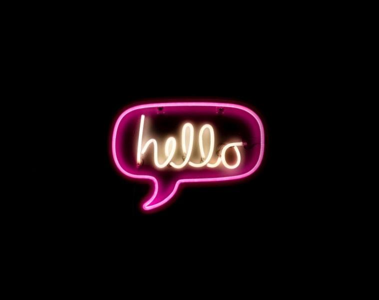 hello neon schriftzug