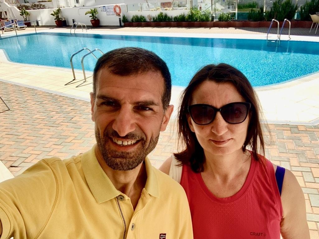 Egemen Altinova mit Ehefrau auf Gran Canaria