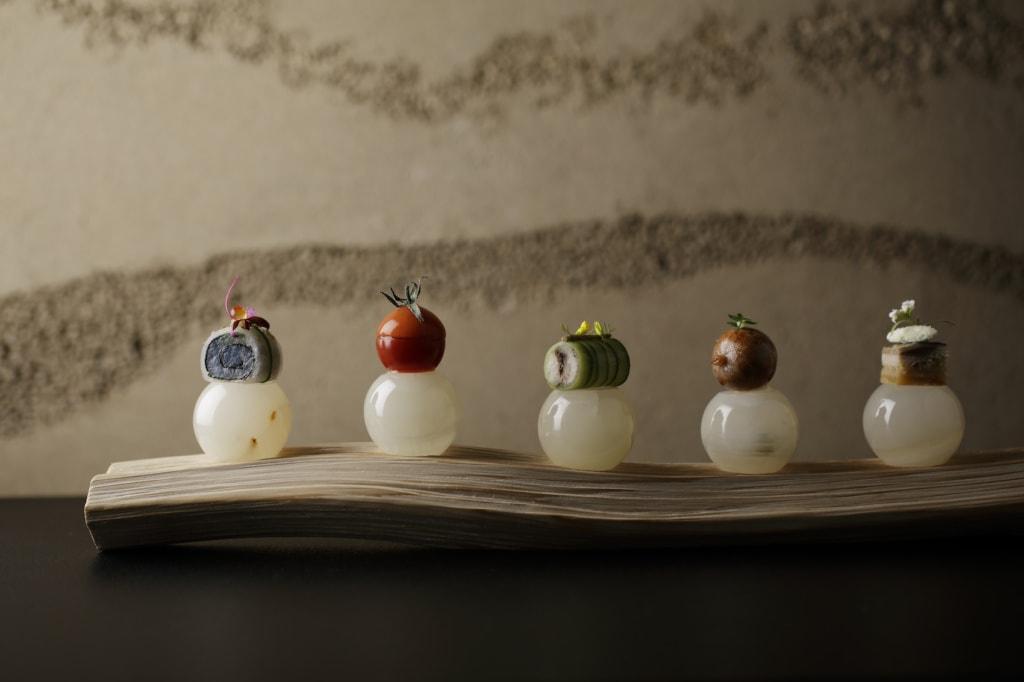 Die »Five Delights«im Hoshinoya in Tokio lassen einen seine Geschmacksnerven neu entdecken.