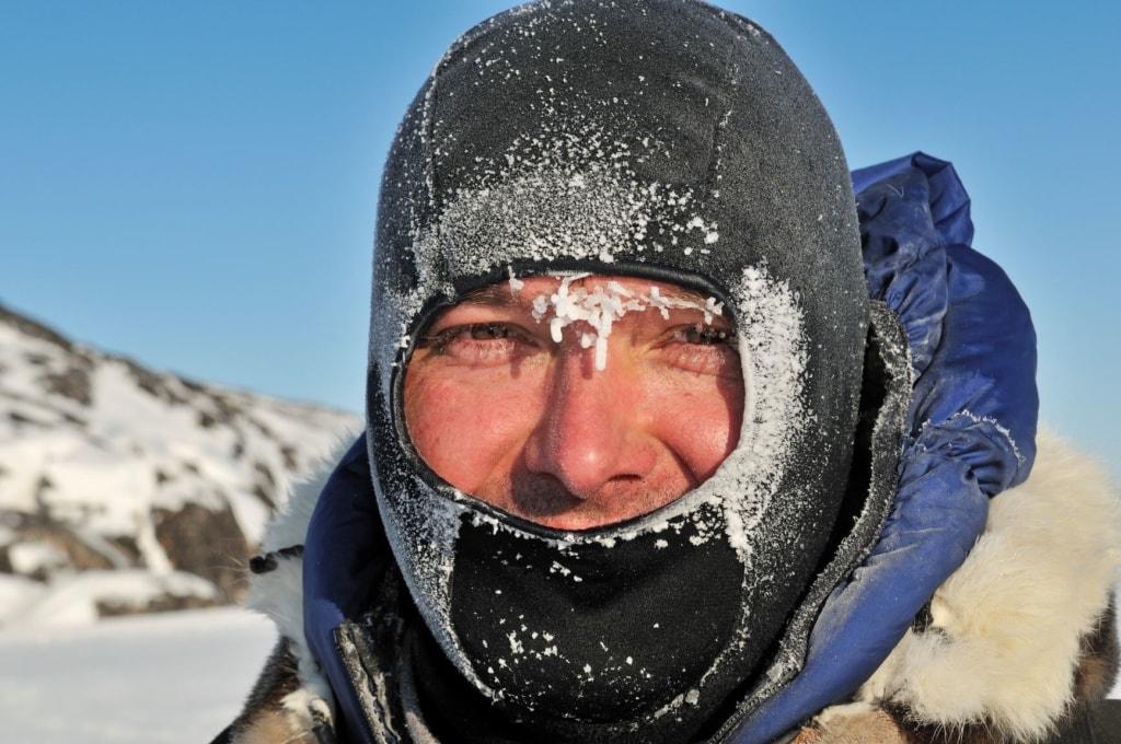 Norbert Eisele-Hein vermummt auf Grönland