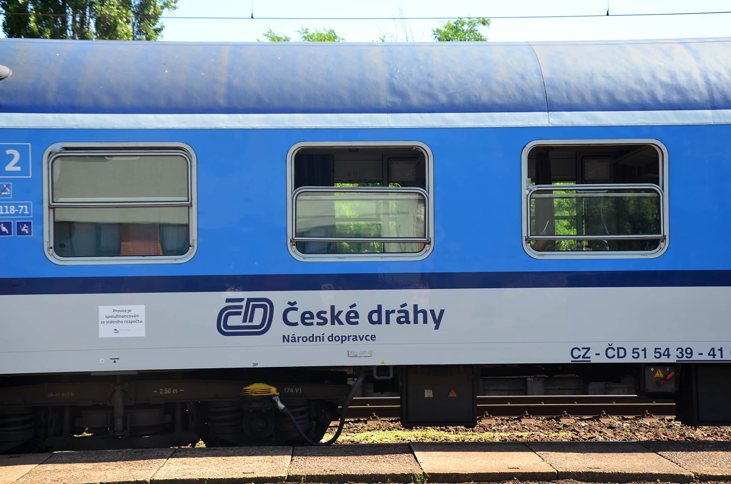 Zug Radtour an der Elbe entlang in Tschechien
