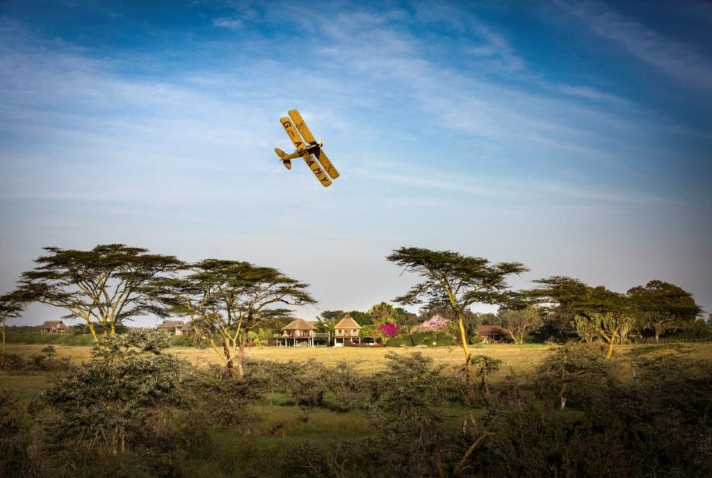 Segera_G-AAMY flight over Segera House