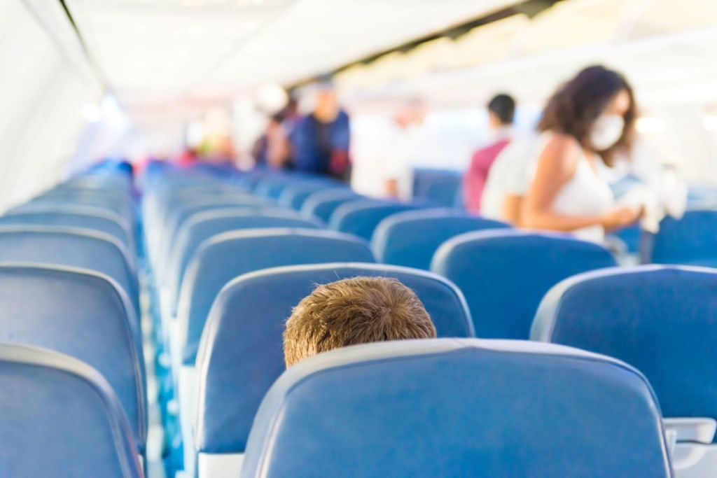 Fliegen in Zeiten der Coronakrise: Mundschutz für Fluggäste