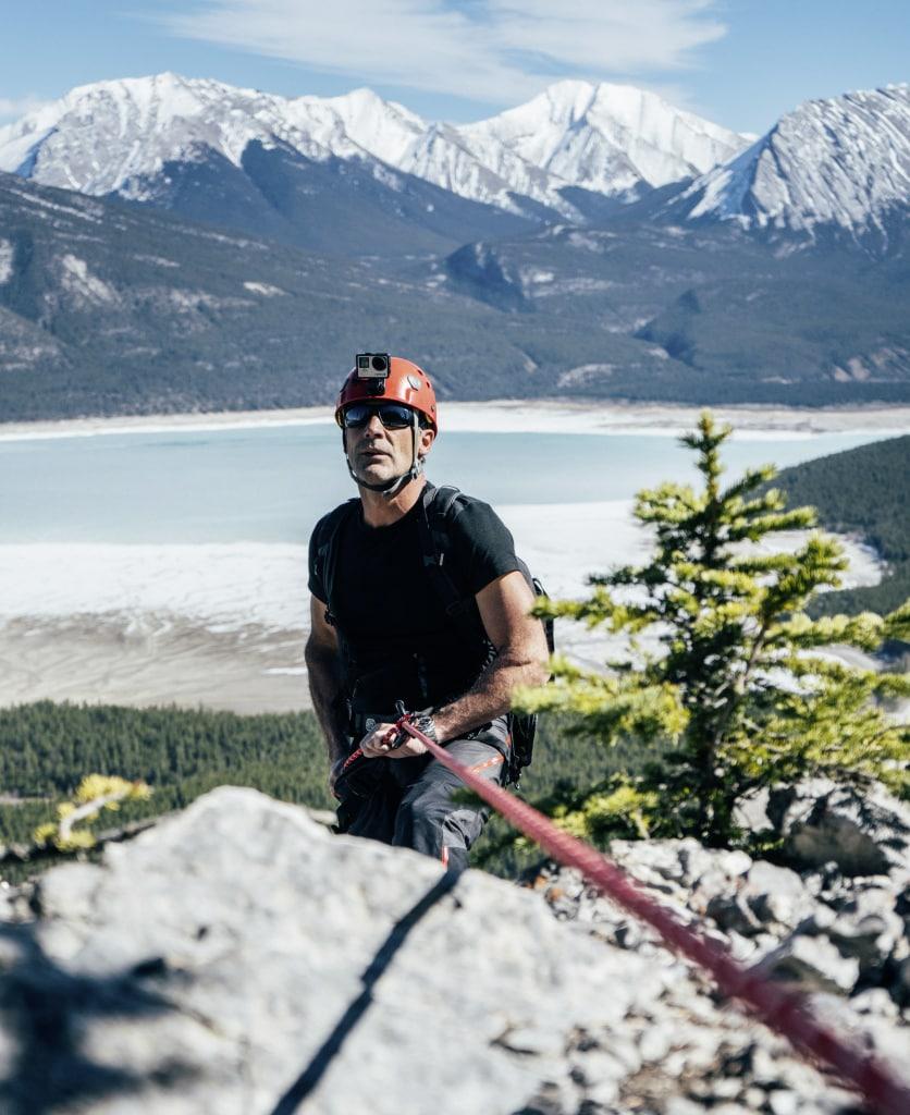 Mike Horn beim Bergsteigen