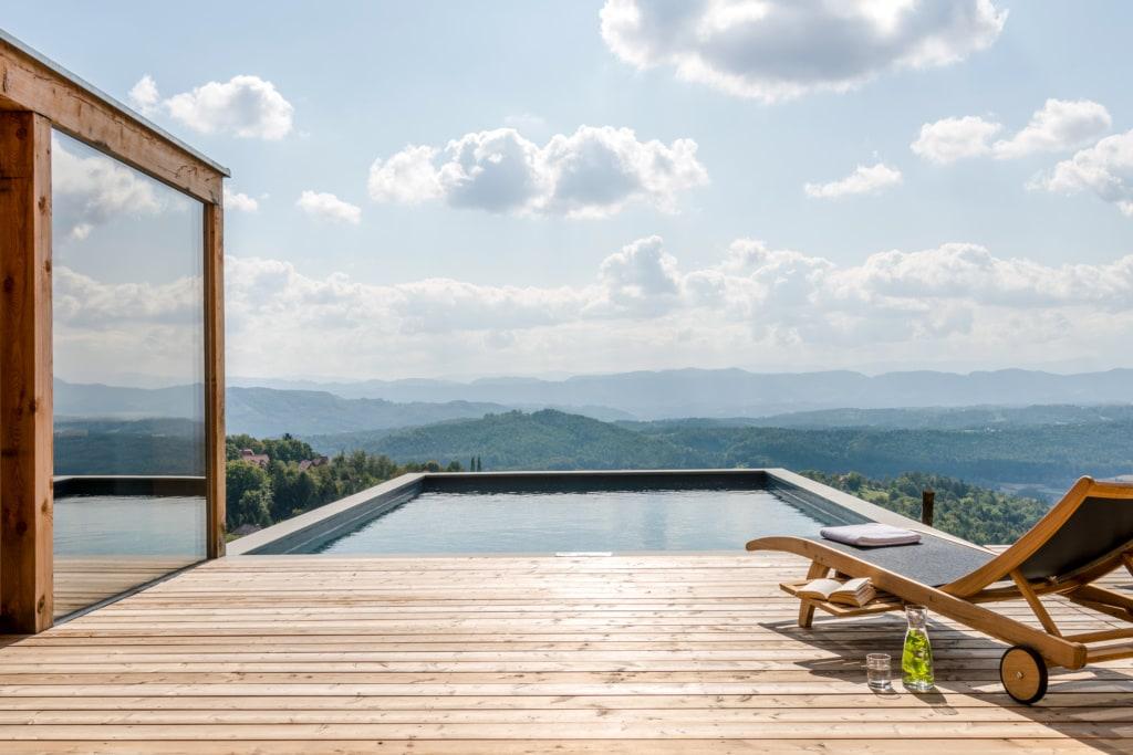 Pool am Ferienhaus in der Steiermark, Österreiich
