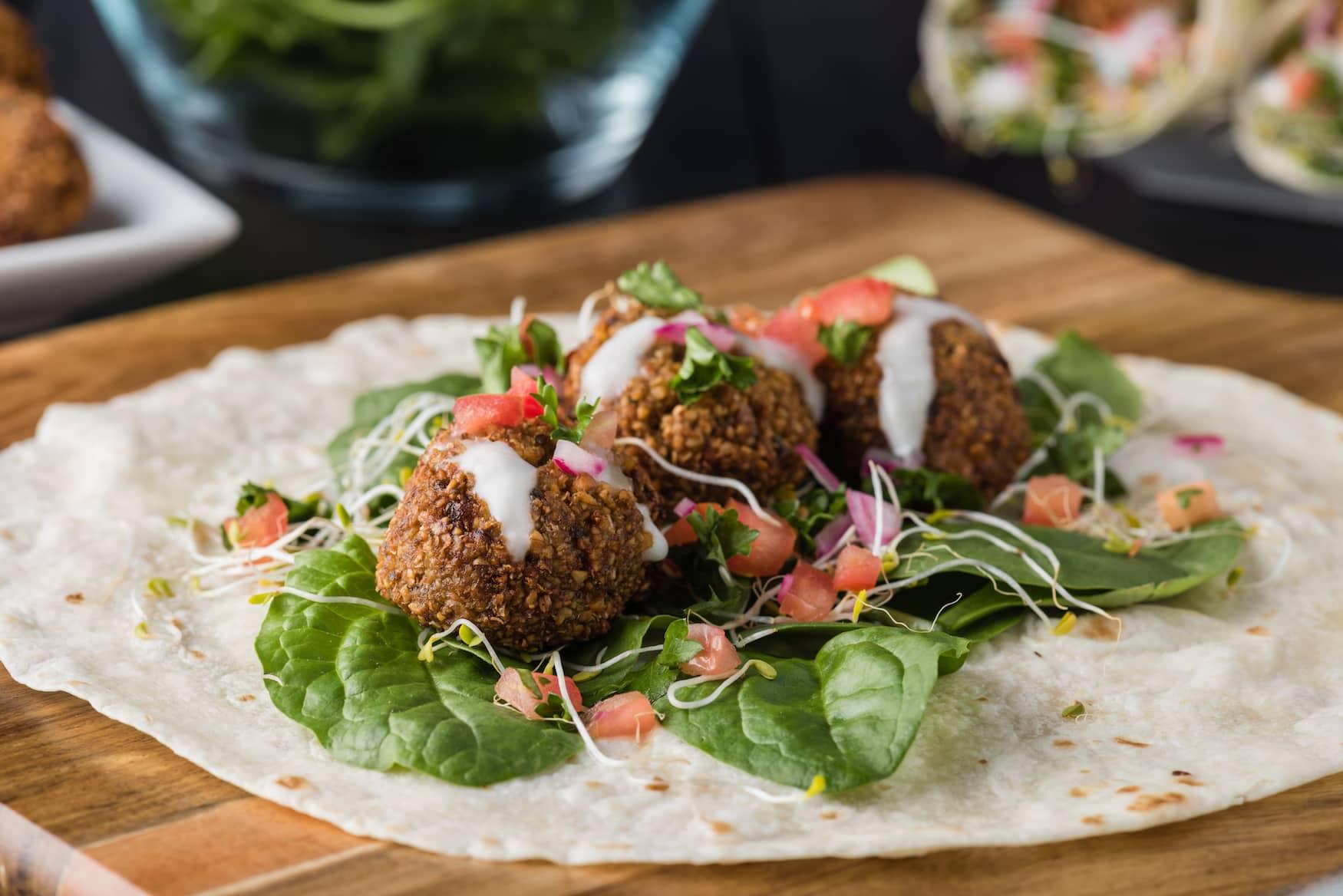 Streetfood aus Israel: Falafel mit Hummus