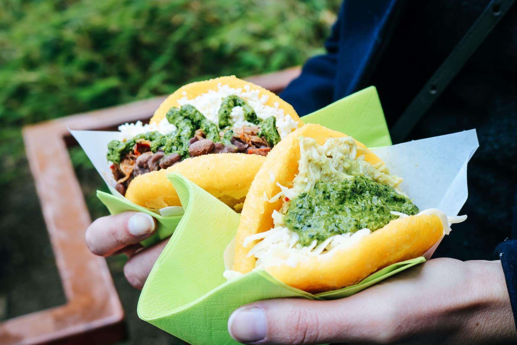 Arepas sind ein beliebtes Streetfood aus Kolumbien