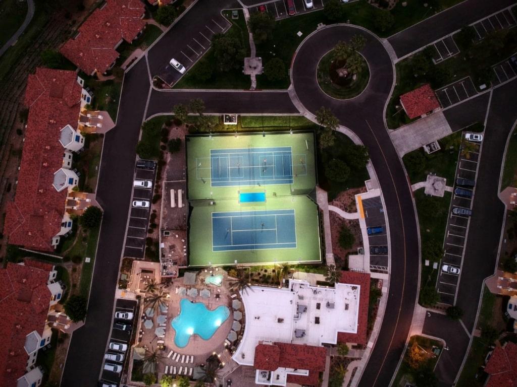 Luftaufnahme Hotel nachts