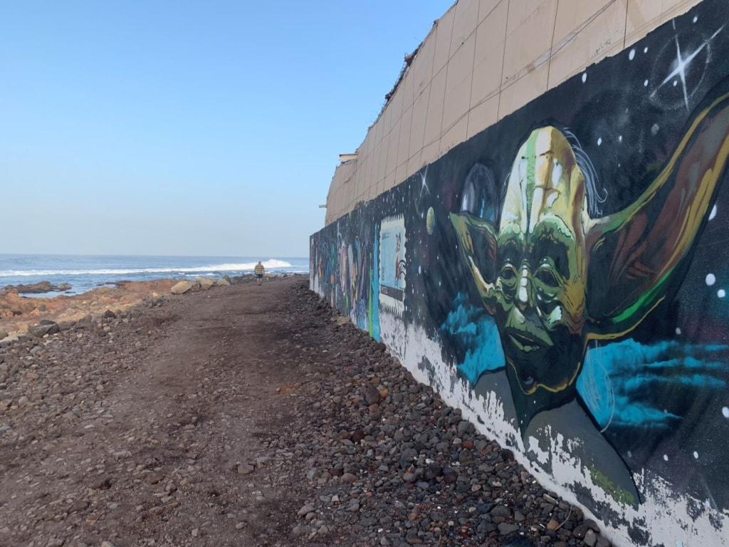 Murals am Strand auf Teneriffa